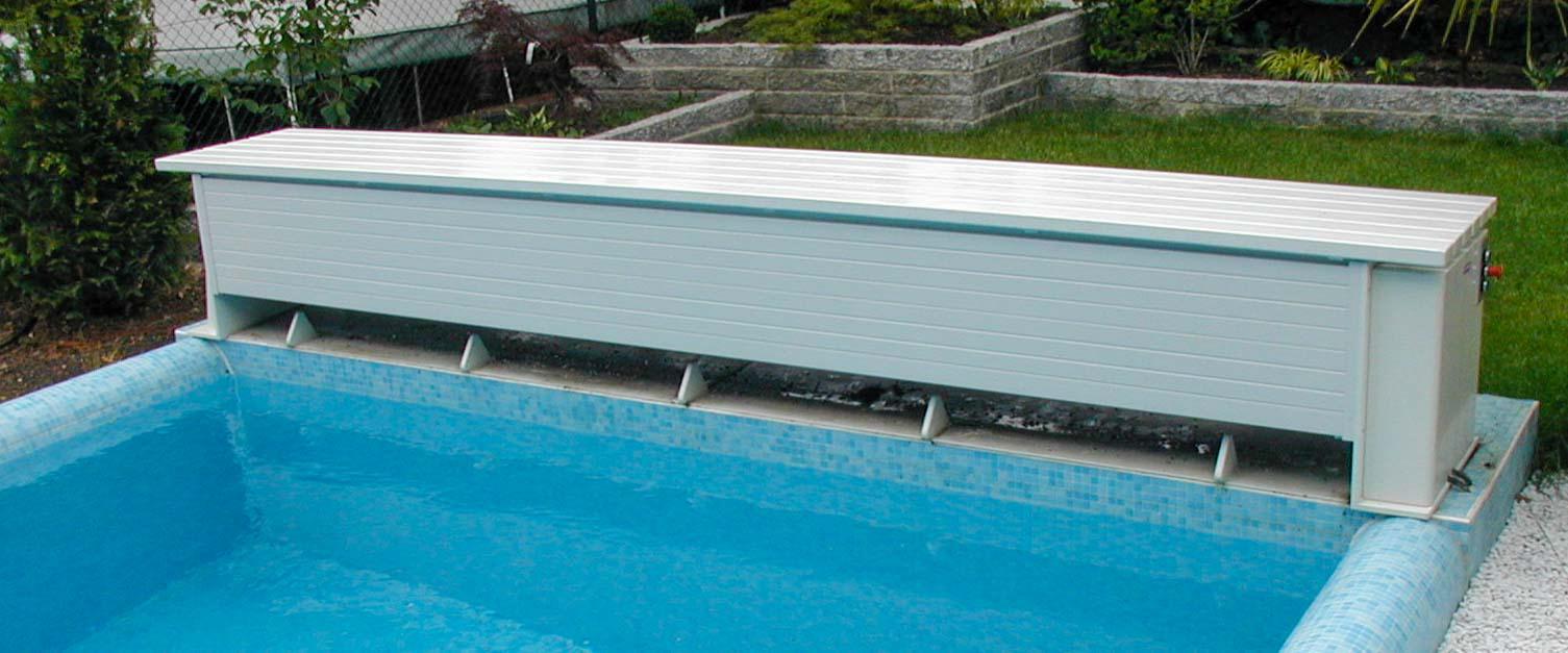 Volet de piscine rigide type compact grando gmbh fr for Piscine hors sol grand format