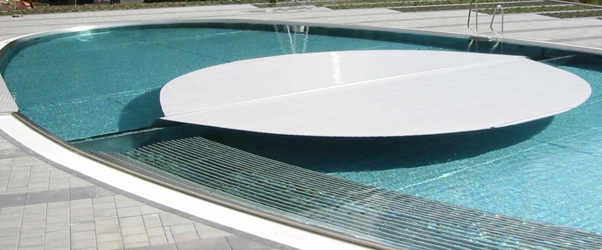 Volet de piscine automatique type ibs 8 grando gmbh fr for Bac pour piscine